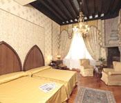 Tappezzeria 2 -  a Rovellasca